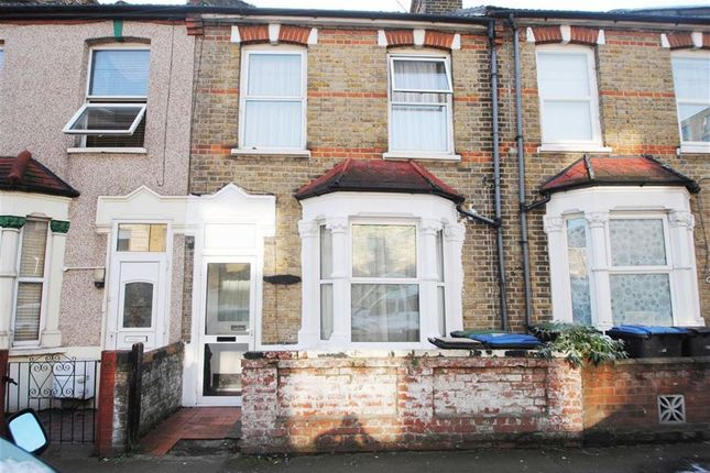 Thumbnail Flat for sale in Alpha Road, London