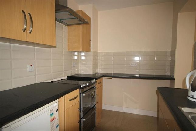 Thumbnail Flat to rent in Marine Terrace, Aberystwyth