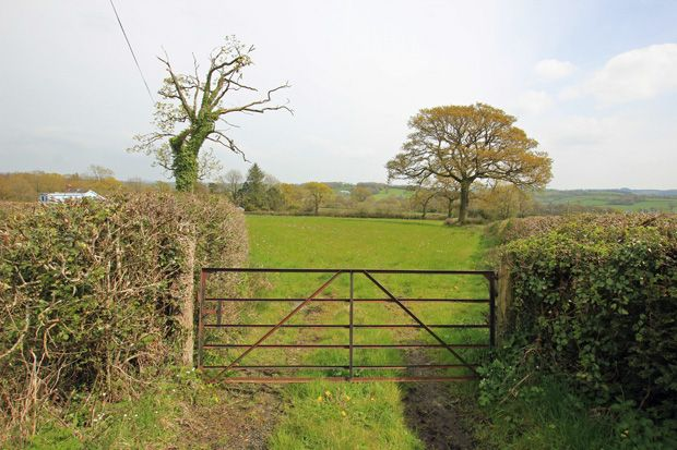 Cwrt Henri, Dryslwyn, Carmarthen, Carmarthenshire SA32