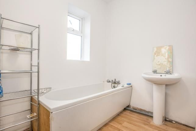 Bathroom of Westcliffe Drive, Layton, Blackpool, Lancashire FY3