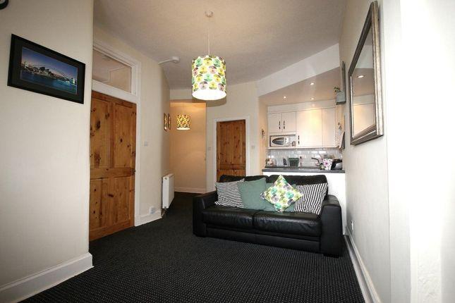 Thumbnail Flat to rent in Gibson Terrace, Edinburgh