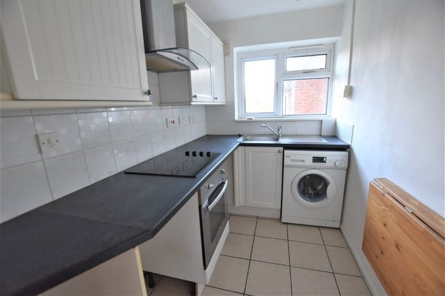 Thumbnail Flat to rent in Ripon Road, Stoke-On-Trent