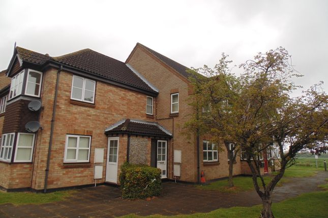 1 bed flat to rent in The Paddocks, Norwich