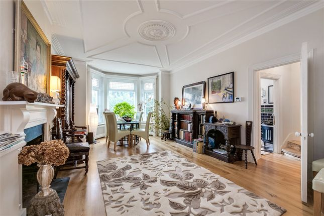 Thumbnail Maisonette for sale in Clapham Common North Side, Battersea, London