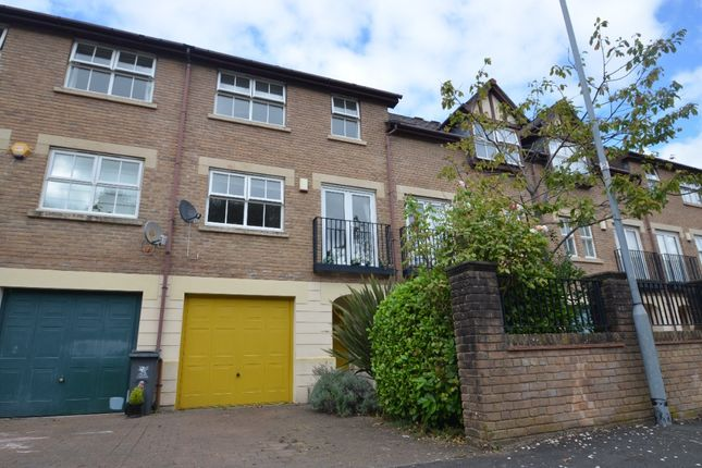 3 bed town house to rent in Nant Y Wedal, Roath, Cardiff CF14