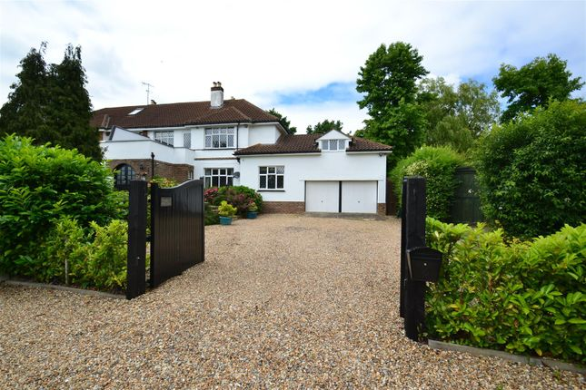 Thumbnail Property for sale in Picketts Lane, Redhill