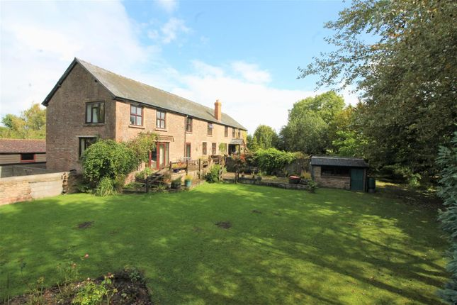 Thumbnail Detached house for sale in St. Owens Cross, Hereford