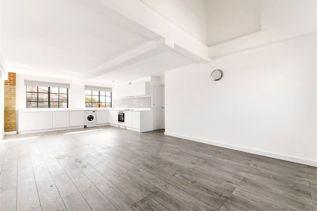 Thumbnail Flat to rent in Springfield House, 5 Tyssen Street, London