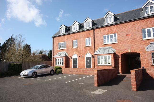 Thumbnail Flat to rent in Bindon Road, Taunton