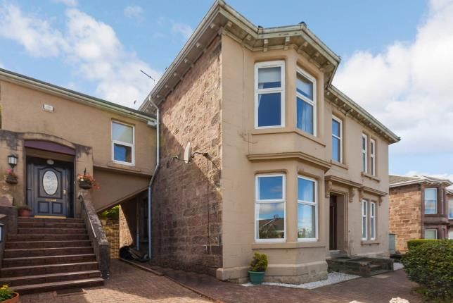 Thumbnail Flat for sale in Broomberry Drive, Gourock, Inverclyde