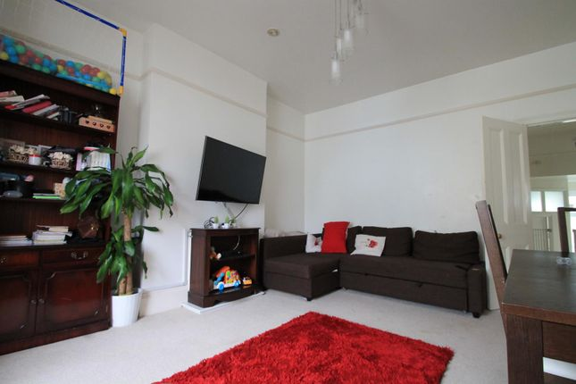 Thumbnail Flat to rent in Coach House Mews, Gratwicke Road, Worthing
