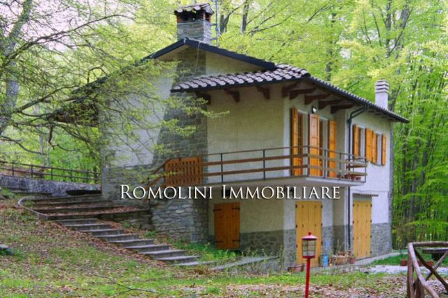 3 bed chalet for sale in Caprese Michelangelo, Tuscany, Italy