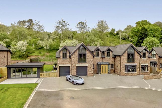 Thumbnail Detached house for sale in Liveridge Hill, Henley-In-Arden, Warwickshire