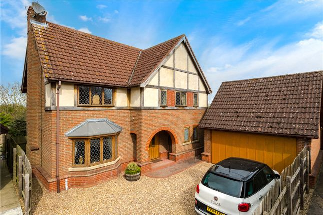 4 bed detached house for sale in Saltersway, Threekingham, Sleaford, Lincolnshire NG34