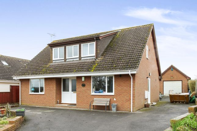 Thumbnail Detached house to rent in Alderholt Road, Sandleheath, Fordingbridge