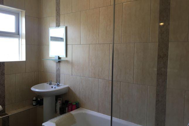 Thumbnail Room to rent in Cyncoed Road, Cyncoed, Cardiff