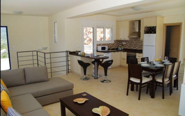Villa Jasmine Lounge, Dining & Kitchen