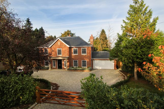 Thumbnail Detached house to rent in Greys Road, Henley On Thames