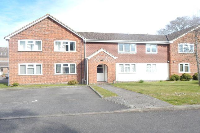 1 bed flat to rent in Swan Way, Church Crookham, Fleet GU51