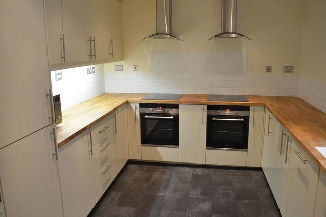 Thumbnail Terraced house to rent in Westgate Road, Newcastle Upon Tyne