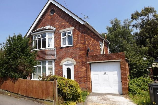 Thumbnail Detached house to rent in Alexandra Road, Yeovil