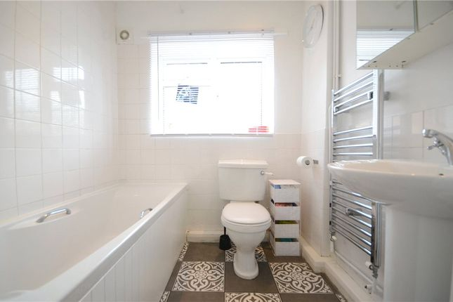 Bathroom of Anderson Avenue, Earley, Reading RG6
