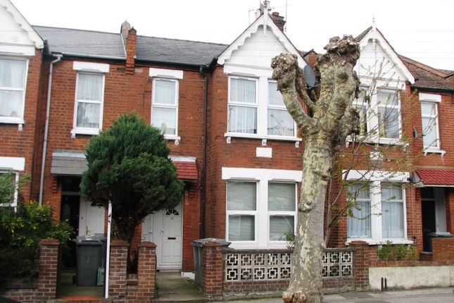 Thumbnail Flat to rent in Deacon Road, London