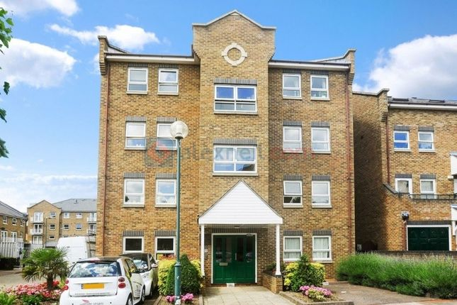 Thumbnail Flat to rent in Schooner Close, London