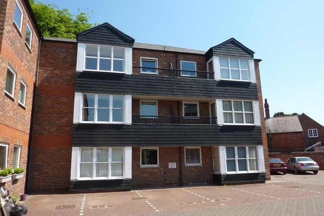 Thumbnail Flat to rent in South Parade, Northallerton