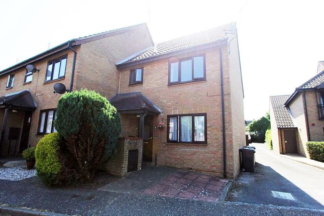 Thumbnail Maisonette for sale in The Dell, Great Baddow, Chelmsford, Essex