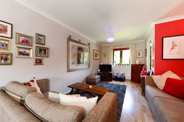 Thumbnail Terraced house for sale in Telford Close, London
