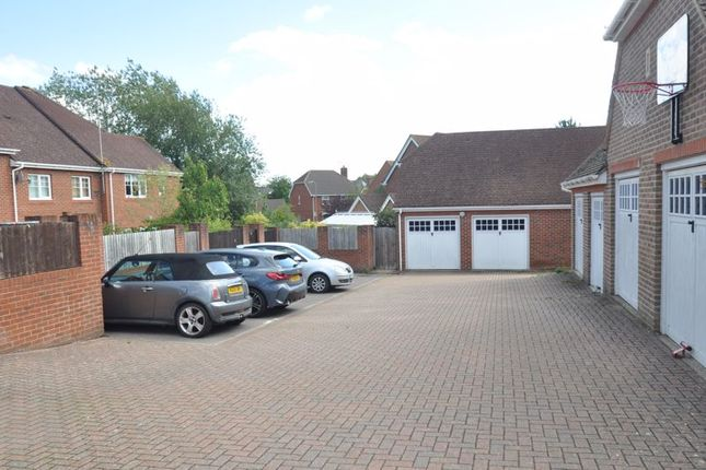 Parking of Wintney Street, Elvetham Heath, Fleet GU51