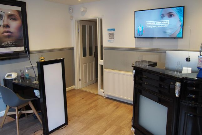 Thumbnail Retail premises for sale in Beauty, Therapy & Tanning S1, 1 Tudor Square, South Yorkshire