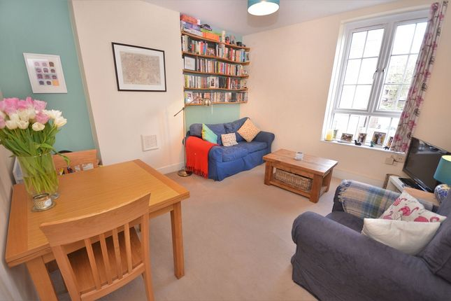 2 bed maisonette for sale in Gatcombe House, East Dulwich Estate, London