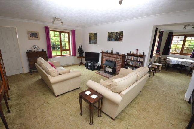 Lounge of Headway Cross Road, Teignmouth, Devon TQ14