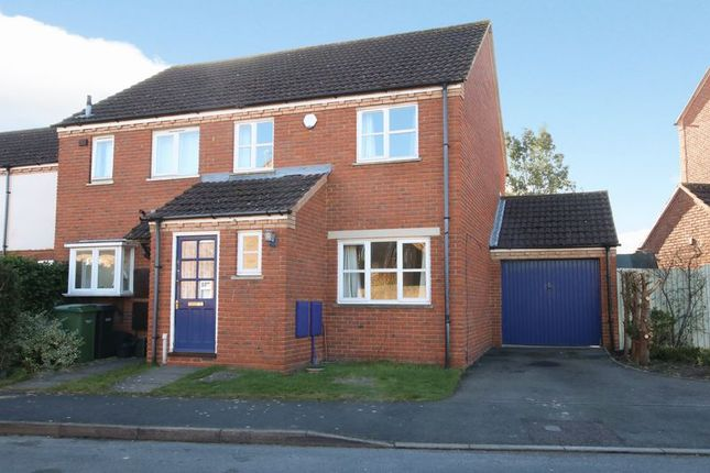 Thumbnail Semi-detached house to rent in St. Hughs Rise, Didcot