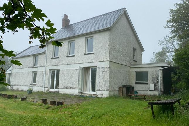 Thumbnail Semi-detached house to rent in Cefngoleu, Llannon, Llanelli