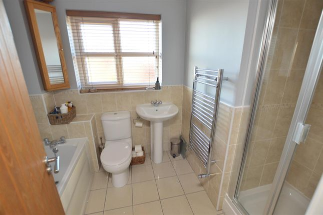 Family Bathroom of Haslam Place, Nr Holbrook, Belper, Derbyshire DE56