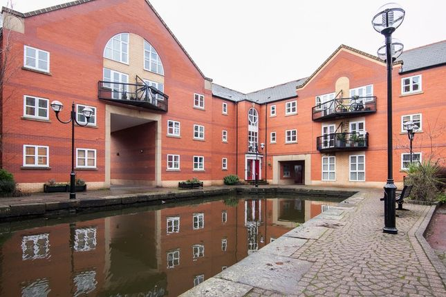 Thumbnail Flat for sale in James Brindley Basin, Manchester, Greater Manchester