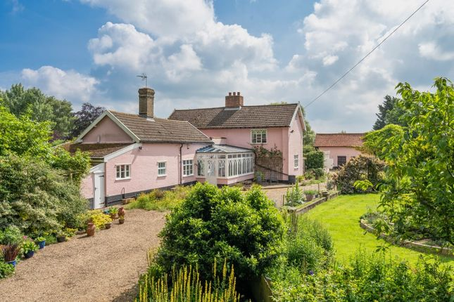 Farmhouse for sale in Coles Common, Pulham Market, Diss