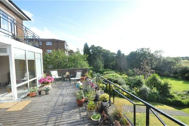 Thumbnail Flat to rent in Treglos Court, Oatlands Drive, Weybridge, Surrey