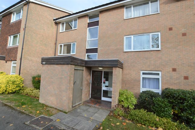 1 bed flat for sale in Green Acres, Park Hill, East Croydon, Surrey CR0