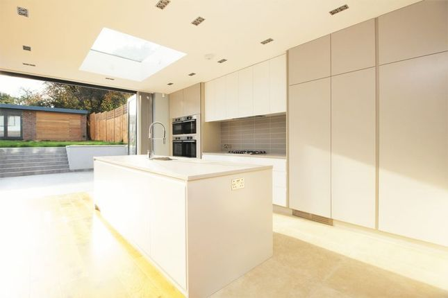 Thumbnail Semi-detached house to rent in Southwood Drive, Tolworth, Surbiton