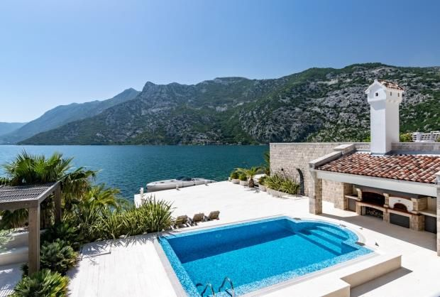 Thumbnail Property for sale in Waterfront Villa, Risan, Kotor Bay, Montenegro