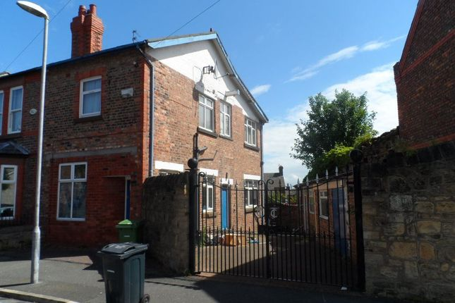 Thumbnail Semi-detached house to rent in Lingdale Road North, Birkenhead