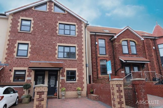 Thumbnail Property for sale in Courtland Road, Paignton