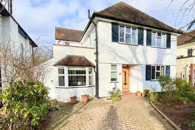 Woodbourne Drive, Claygate, Esher KT10