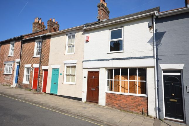 2 bed terraced house to rent in Station Street, Lymington
