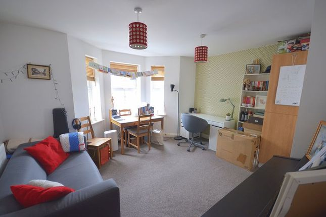 Thumbnail Flat to rent in Malmesbury Park Place, Bournemouth