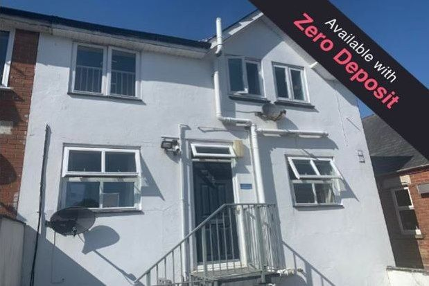 Flat to rent in 8 Bournemouth Road, Poole